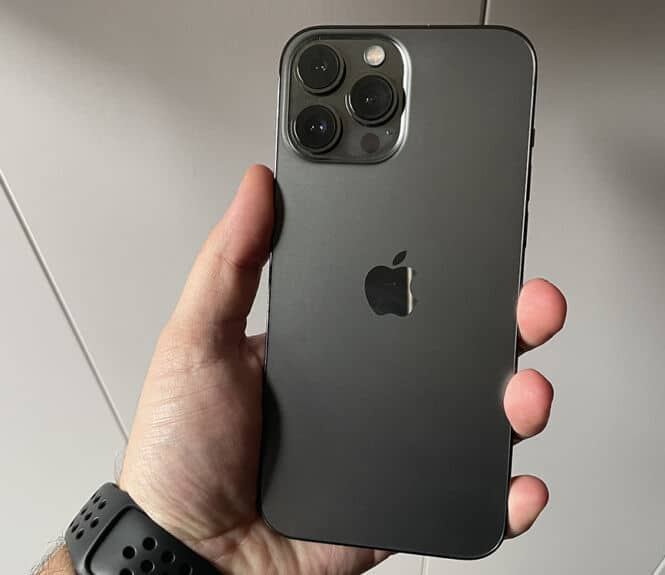 iPhone 13 pro max dos
