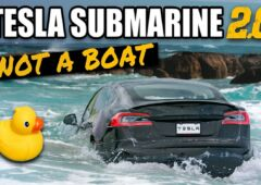 Tesla Model S Plaid sous marin